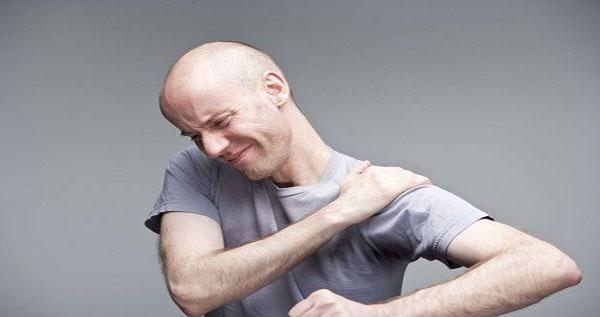Đau bả vai cánh tay là bệnh gì và cách điều trị hiệu quả